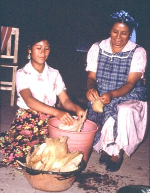 Zapotec won making tamales with her teenage niece in La Paz.