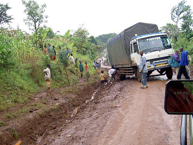 An unpaved road in Tanzania