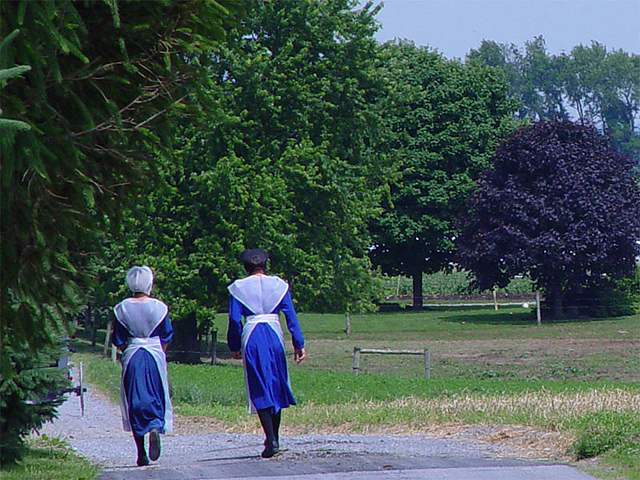 Two young Amish women in Lancaster County