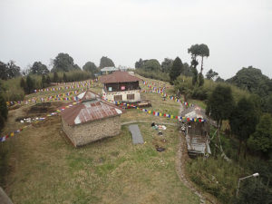 The Tendong Gumpa (Monastery) on Tendong Hill (Photo by Atulkini in Wikimedia, Creative Commons license)
