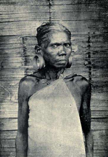 An elderly Kadar woman in 1909